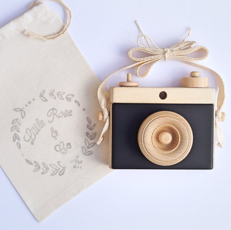 Classic Wooden Camera - Black