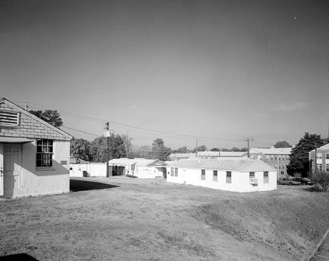 Historic Photo : Fort McPherson, World War II Station Hospital, Structures, Bordered by Hardee & Thorne Avenues & Howe Street, Atlanta, Fulton County, GA 1 Photograph