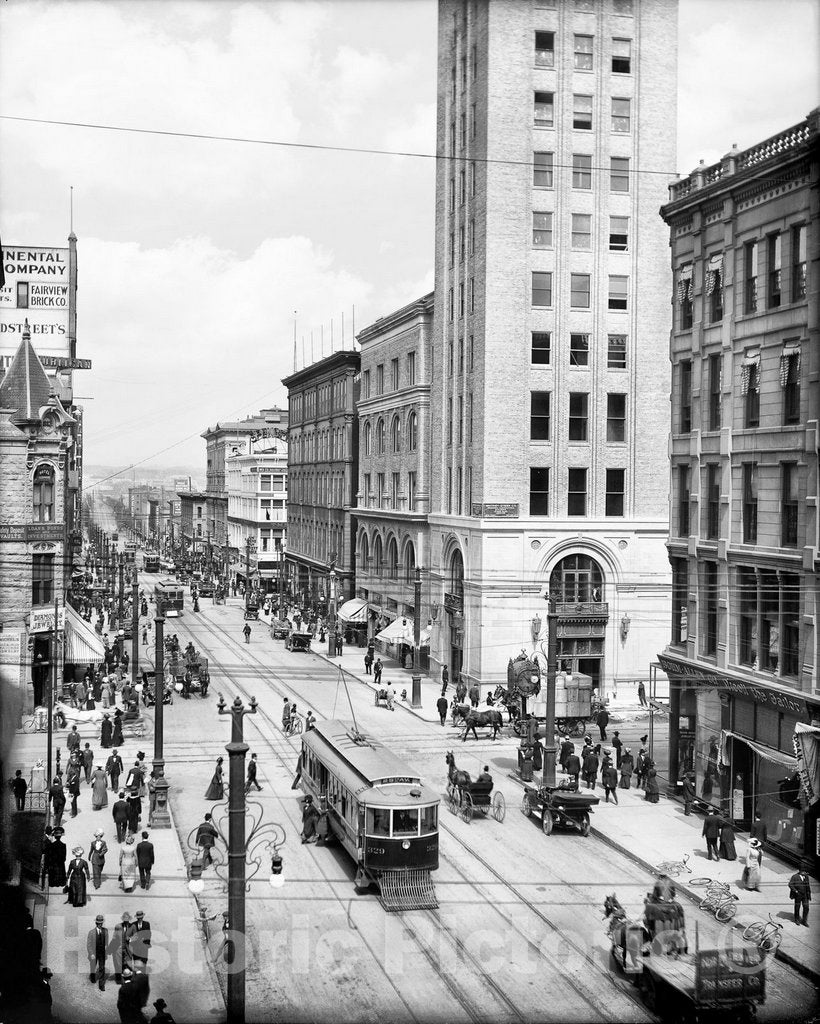 Historic Black & White Photo - Denver, Colorado - Sixteenth and Arapahoe, c1911 -