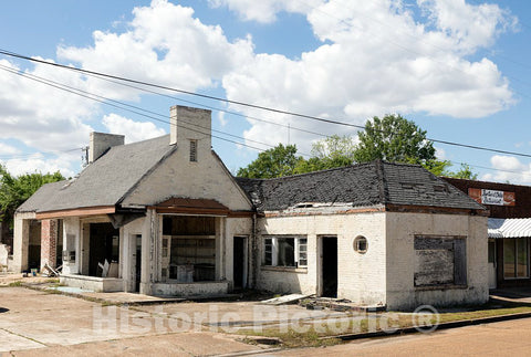 Photo - Defunct Gas Station in Marks, Mississippi- Fine Art Photo Reporduction