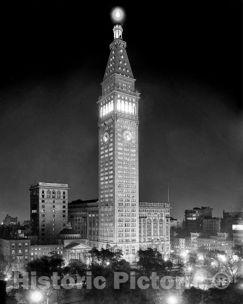Historic New York City, New York - The Metropolitan Insurance Building, c1914 | test2
