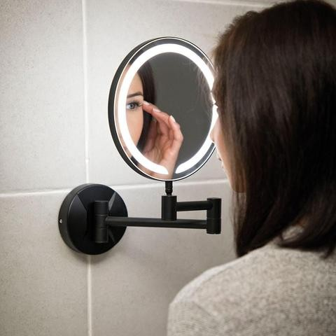 Tips on How To Manage Your Eyebrows / Magnifying Mirror