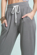 Loungin' Out Joggers- Olive