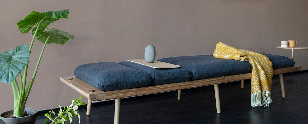 <ly-as-11155718>Lounge Around daybed</ly-as-11155718>