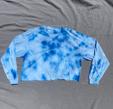 Load image into Gallery viewer, Cirrus Long Sleeve Crop Tee 4