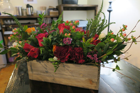 Holiday Floral Centerpiece Workshop - Dec 5