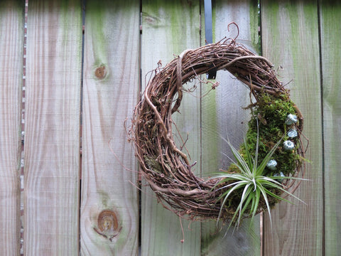 It's Alive! Wreath