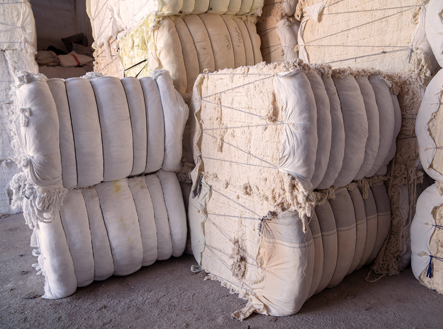 Cotton fiber bales
