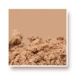 Medium Beige Ultimate Foundation