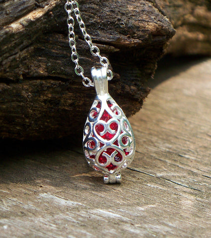 Silver Filigree Teardrop Necklace