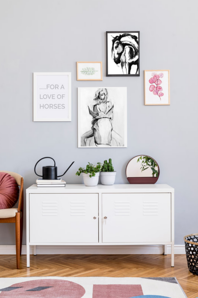 How to make a gallery wall!