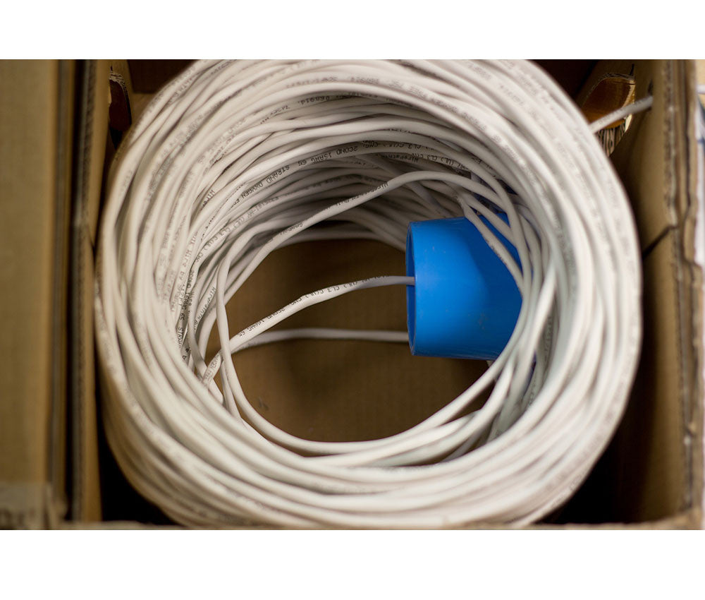 Wirepath™ 14-Gauge 4-Conductor 105-Strand Speaker Wire - 500 Ft. Spool in Box SP-144-500-WHT