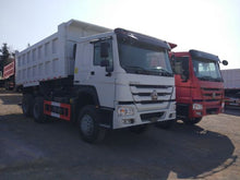 Load image into Gallery viewer, Howo Dumptruck HW 76, 10 Wheeler