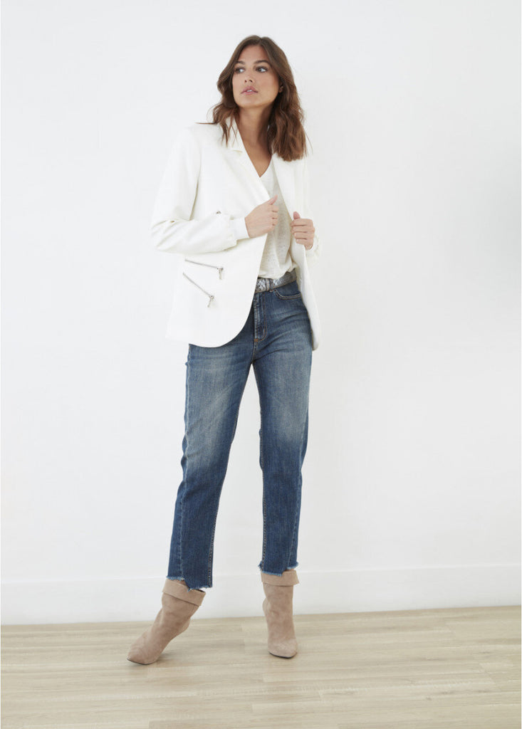 Lauren Vidal Fitted Blazer Jacket in Off White