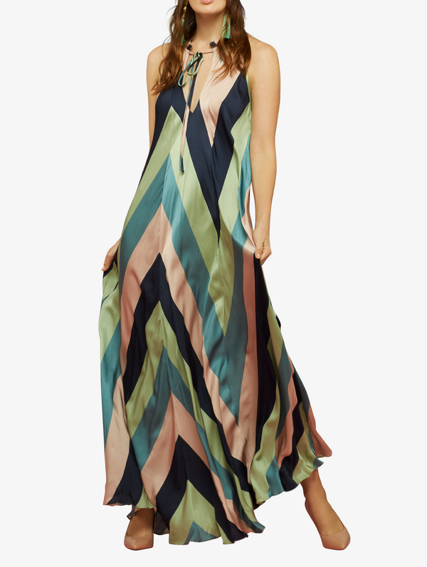 Maxi bold chevron striped flowy maxi