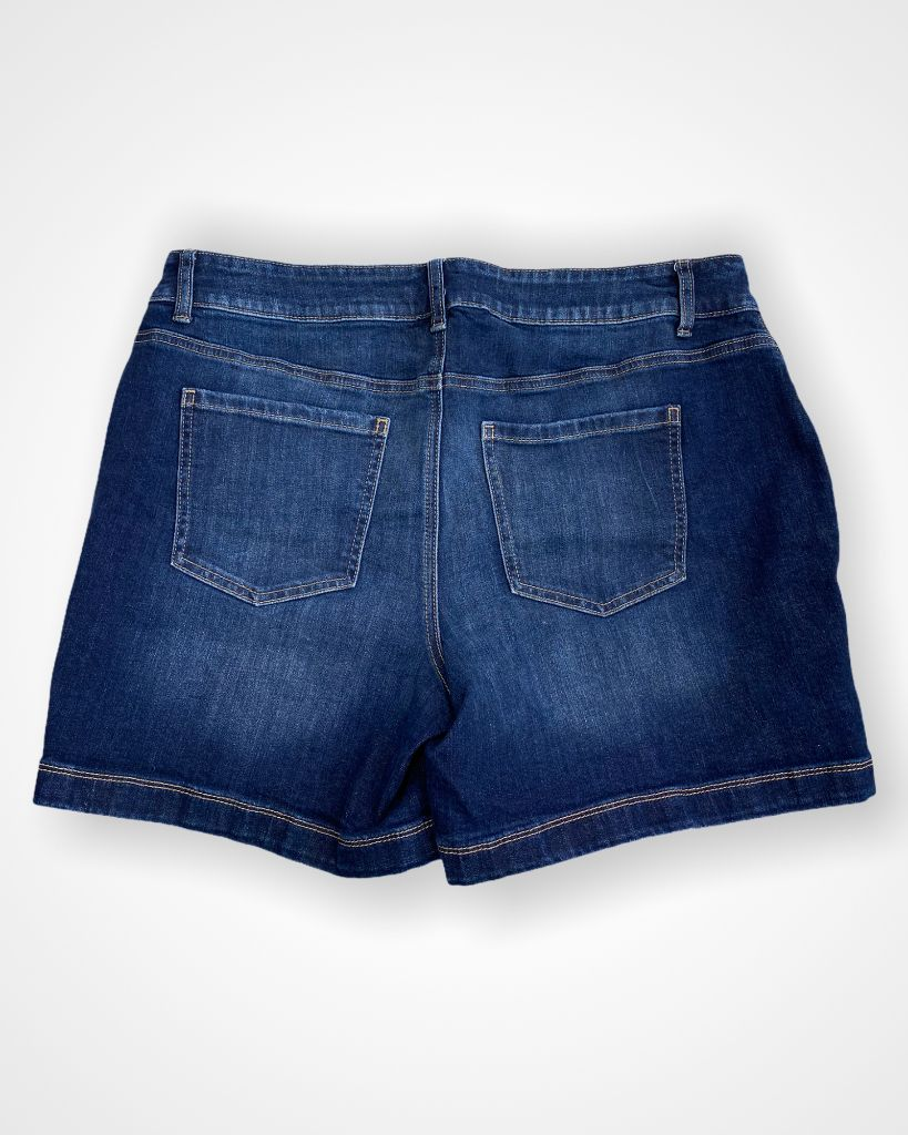 Maurices Shorts, 16