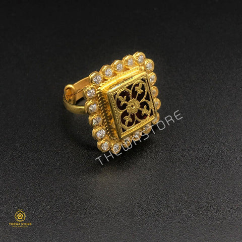 Thewa Art Sqaure Diamond Ring Ring Thewa Store1