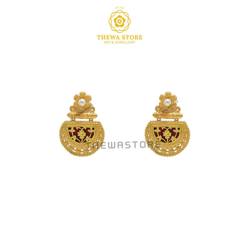Sparsh D-Shape Thewa Art Earrings