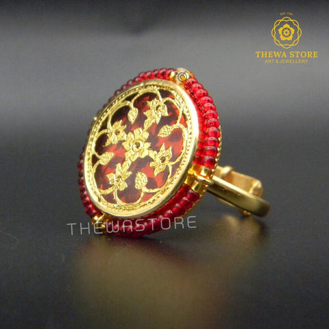 Thewa Art Round Ring with Red beads - ThewaStore