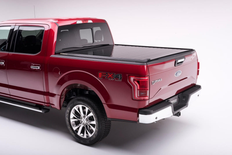 RetraxPRO Tonneau Cover | 07-19 Toyota Tundra 6.5' Bed w/ Rail System 40842