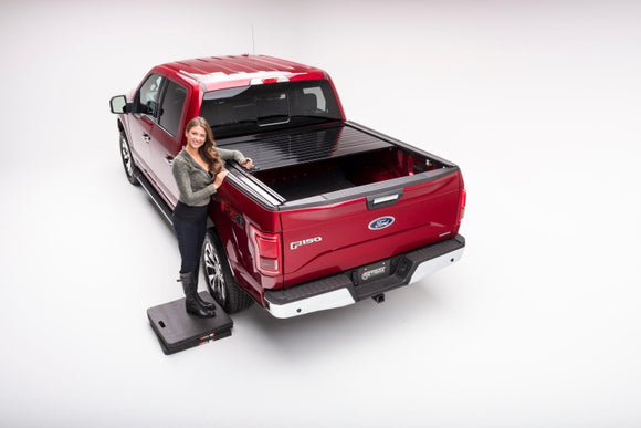 RetraxPRO 40374 Retractable Truck Bed Cover | Ford F-150 6.5' Bed 15-18