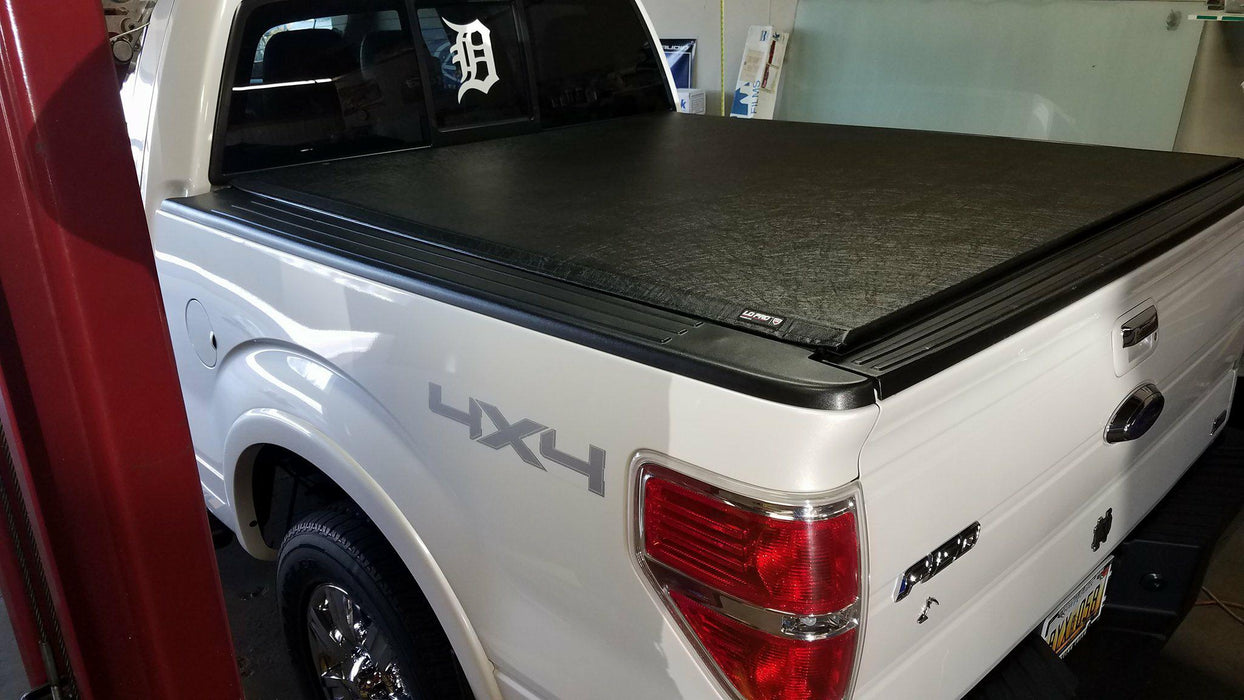 TruXedo® 597601 Lo Pro Soft Rolling Bed Cover | 09-14 Ford F-150 5.5' Bed