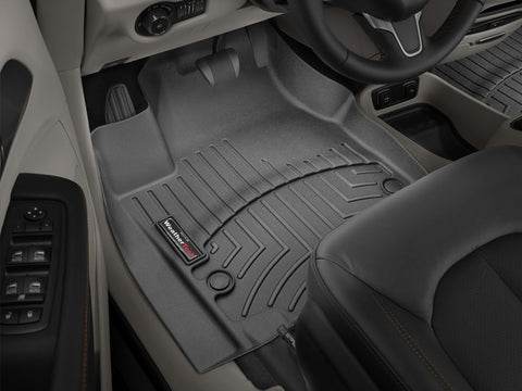 Connected Essentials 5031026 Black with Red Trim Tailored Heavy Duty Custom Fit Car Mats Chrysler Voyager 2001-2008