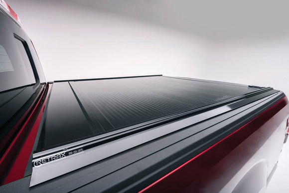 RetraxONE Tonneau Cover | Nissan Frontier Crew 5' Bed 05-up | 10721-AutoAccessoriesGuru.com