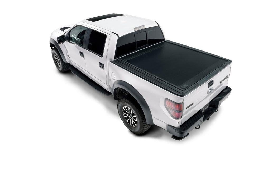 Retrax-60741-RetraxONE MX Tonneau | Titan Crew Cab 4-doors (04-up) (w/ or w/o Utilitrack) | 60741-AutoAccessoriesGuru.com