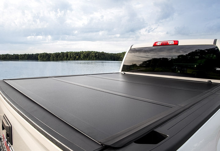UnderCover UX52016 Ultra Flex Tonneau | Nissan Titan 6.5' Bed 16-18 *w/ Track System