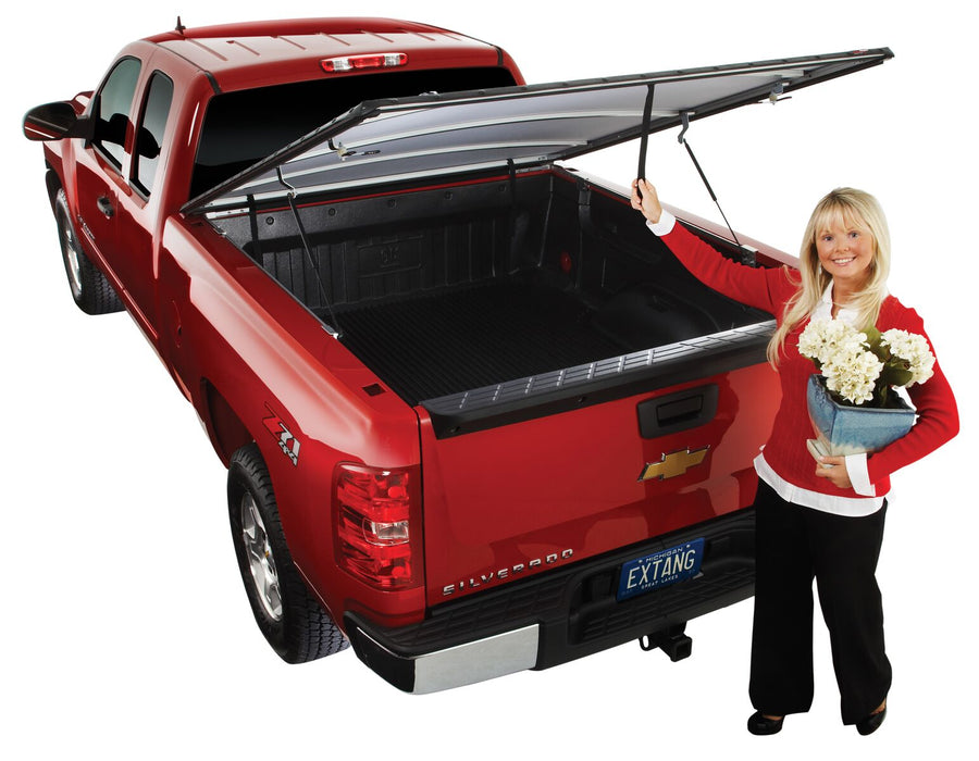 Extang Full Tilt Snaps Tonneau Cover; 17-18 Nissan Titan 5.5' Bed w/ Track System