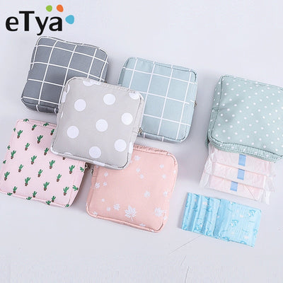 Fashion Travel Dot Cosmetic Bag Zipper Makeup bag Make Up Organizer Mini Lipstick Storage Case Toiletry Beauty Women Bag Pouch