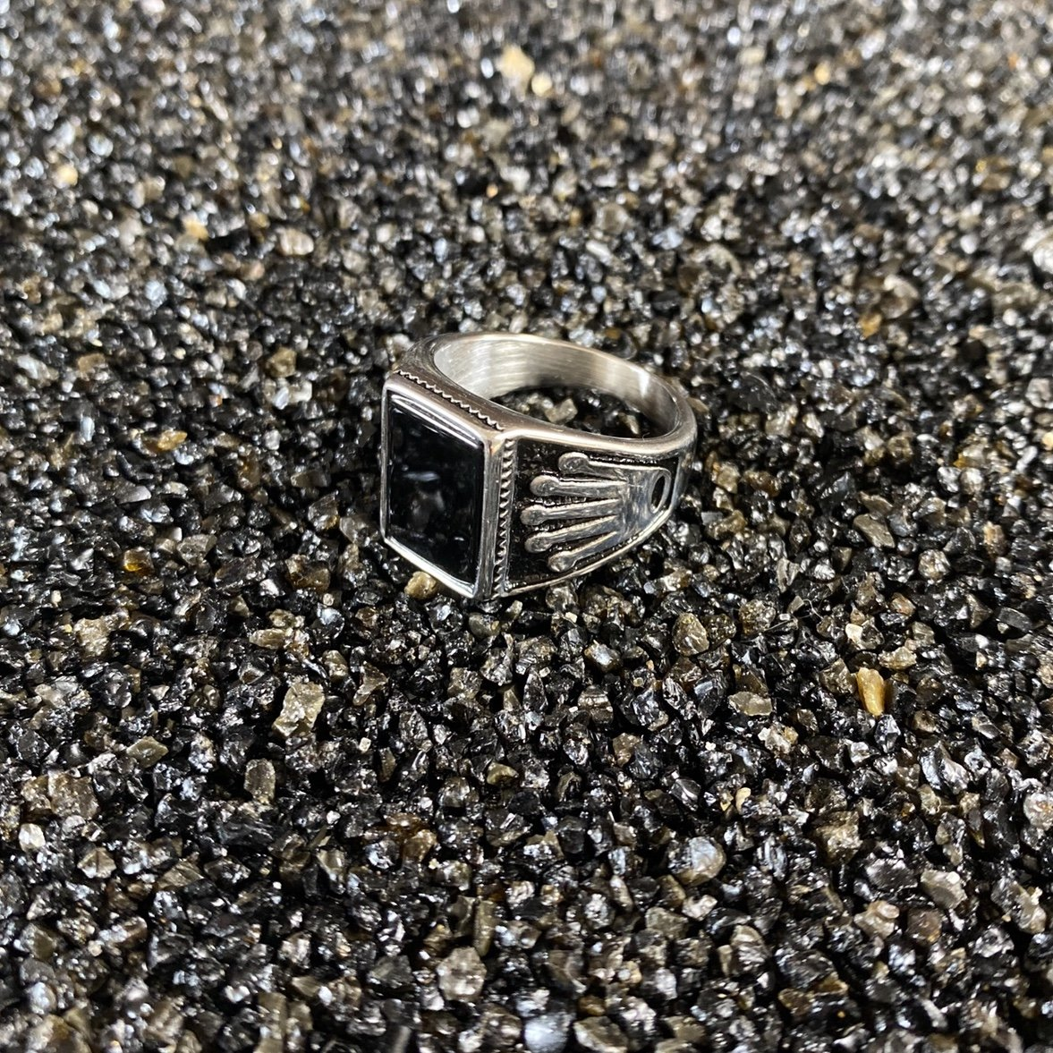 Silver Black Opium Crown Ring - Vintique Clothing