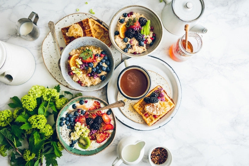 Healthy breakfast foods on a table