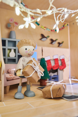 christmas dolls house crafts for children