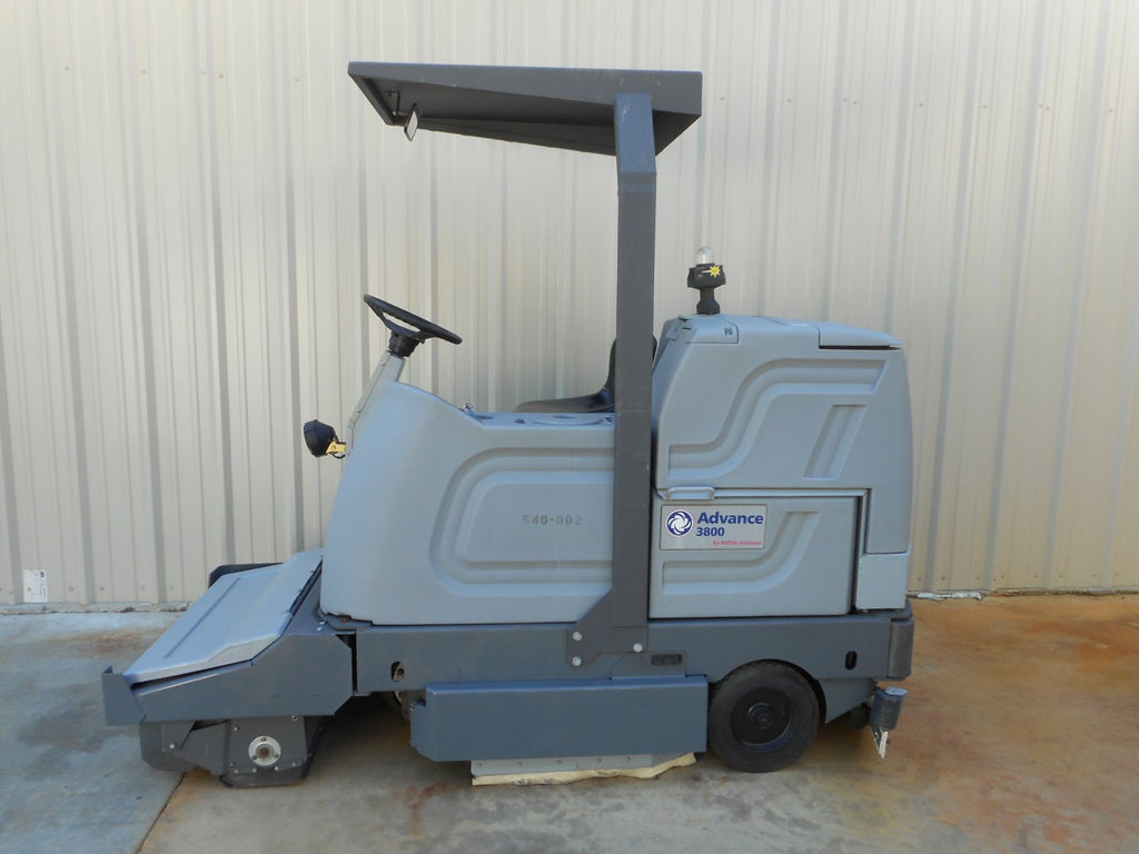 Reconditioned Advance Ride On Floor Scrubber Sweeper