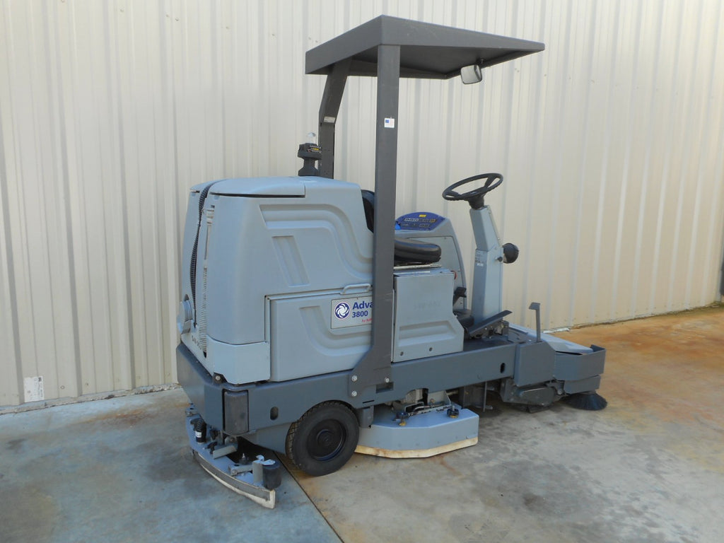Advance 3800 floor scrubber used