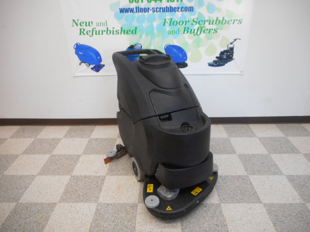 "24"" pad assist reconditioned floor scrubber IPC Eagle"