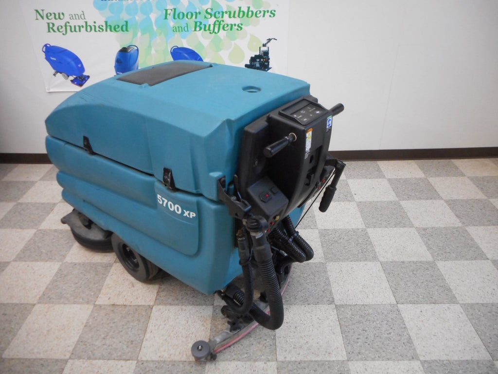 Tennant 5700XP Floor Scrubber