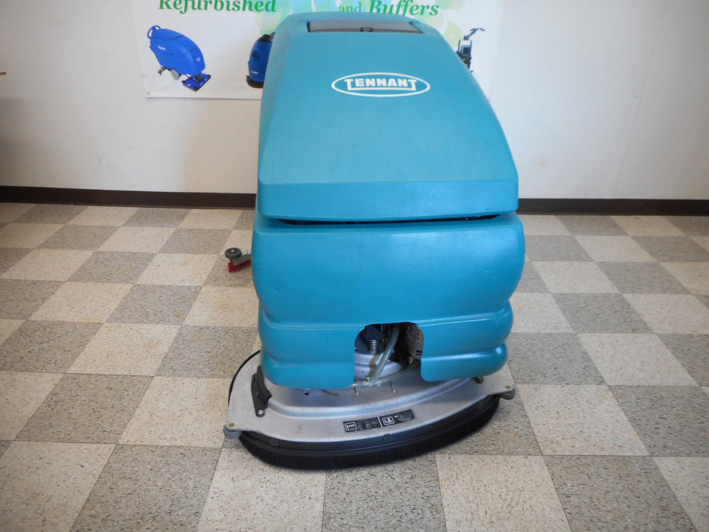 Tennant commercial floor scrubber machine 5680