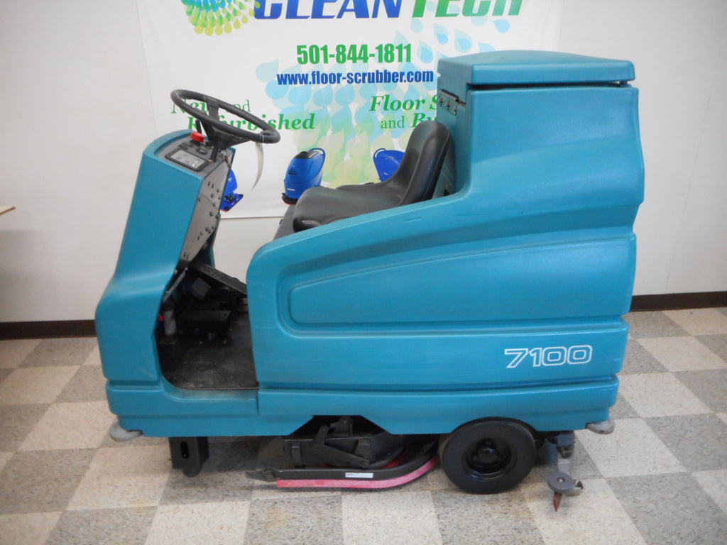 "Used Tennant 7100 Rider Disc 28"" Floor Scrubber"