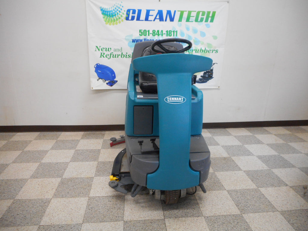 Tennant T7 Ride on floor scrubber used