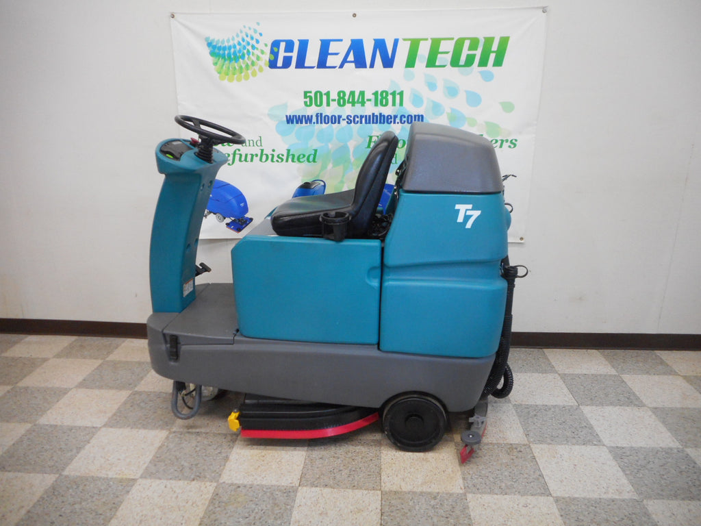 Reconditioned Tennant Floor Scrubber T7 Rider