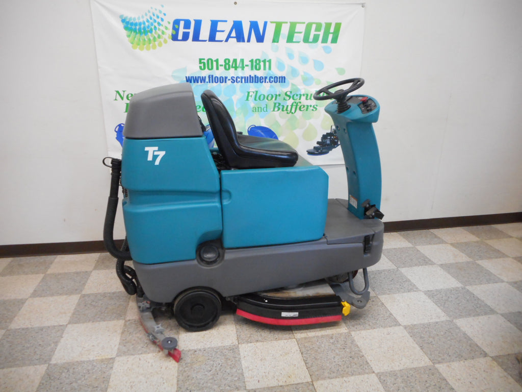 Tennant T7 Refurbished floor scrubber