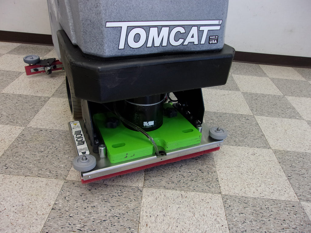 Tomcat Carbon E-24 EDGE Orbital Floor Scrubber cleaner machine