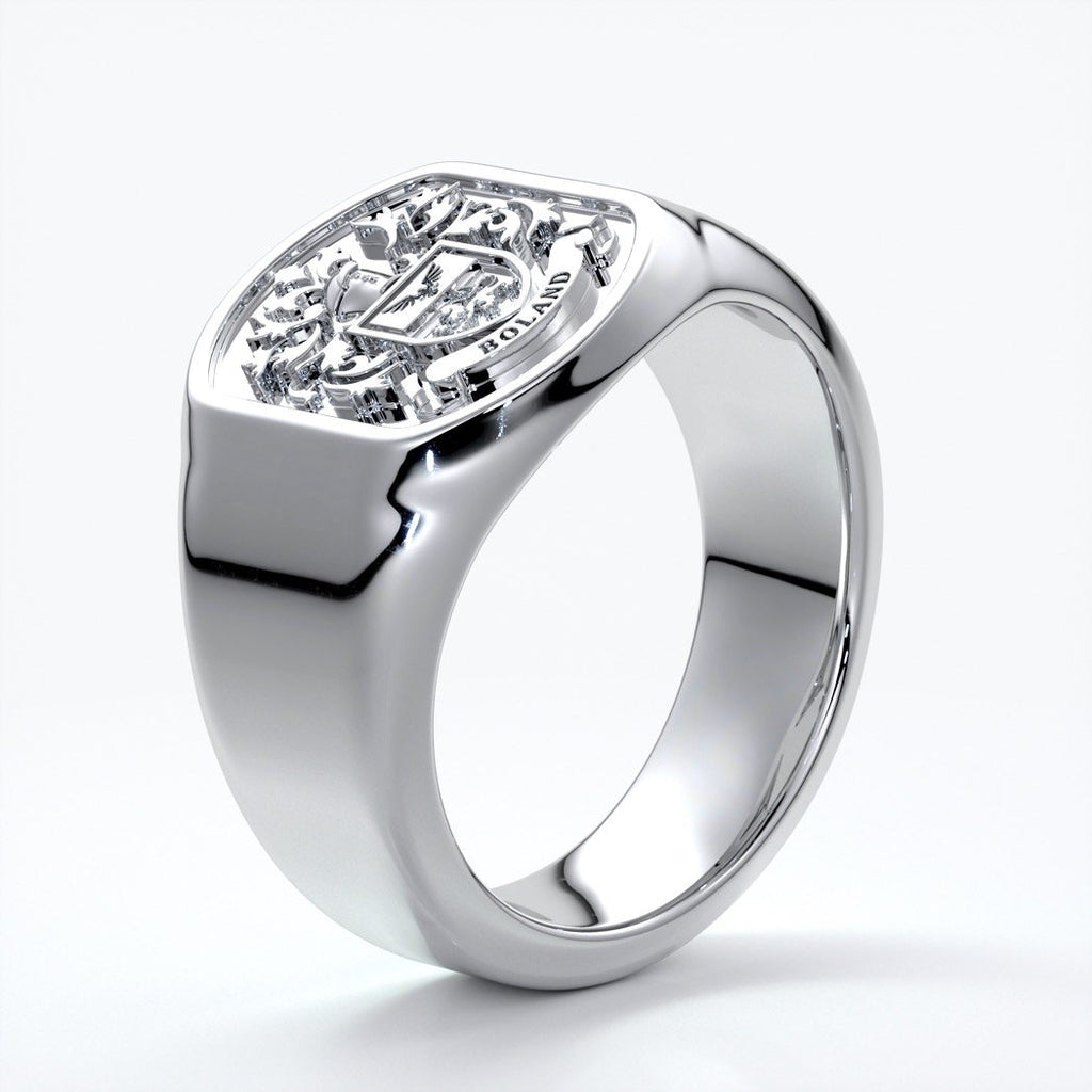 Nicholas Wedding ring crest ring 18ct white gold