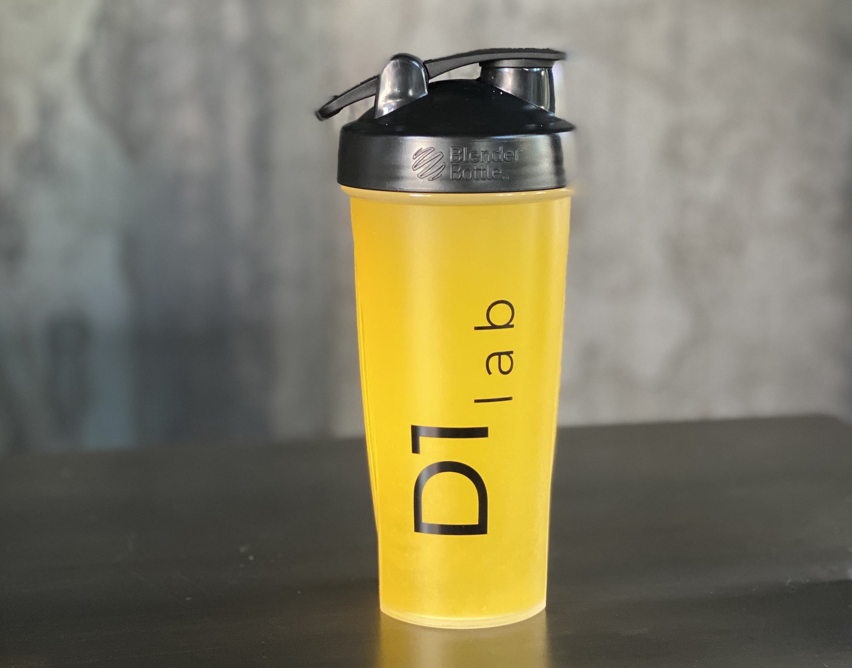 D1 Lab Blender Bottle (28 oz.)