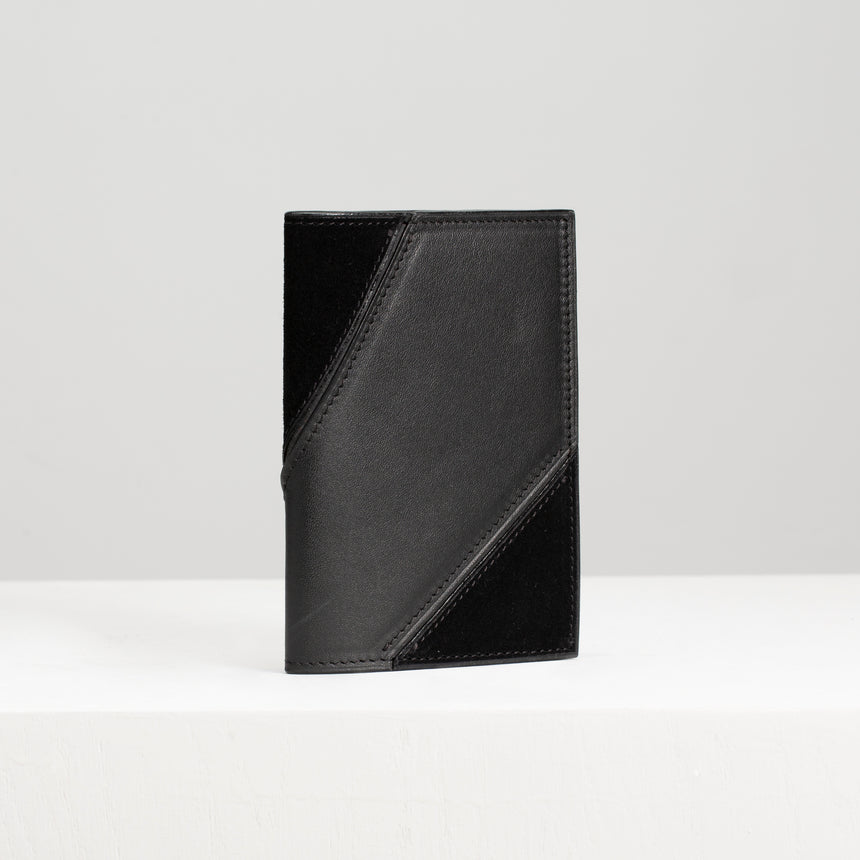 LUXEAL Passport Holder