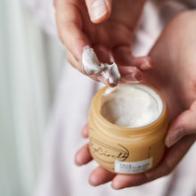 Load image into Gallery viewer, Inside UpCircle Face Moisturiser - Eco friendly and vegan skincare - Peanut and Poppet UK