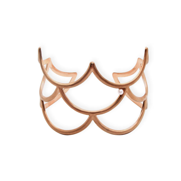 Broad Scallop Cuff Bracelet in Solid 18k Rose Gold